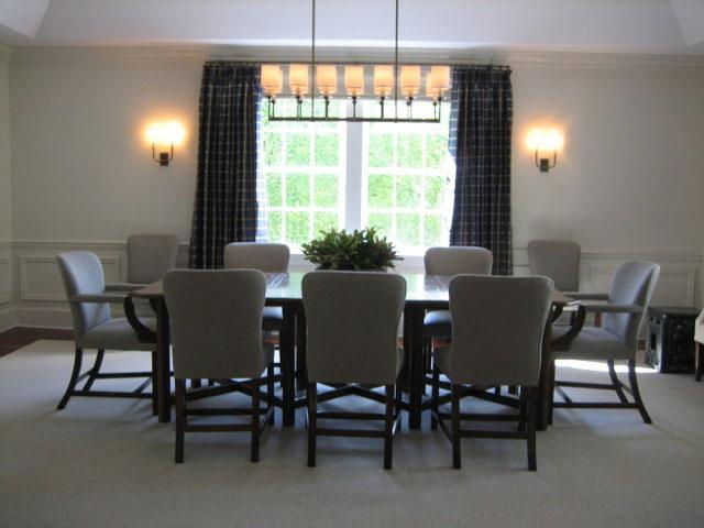 Linear dining room